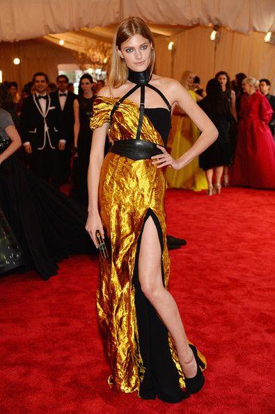 Constance Jablonski in Wes Gordon, 2013 - The Most Daring Met Gala Dresses - Photos