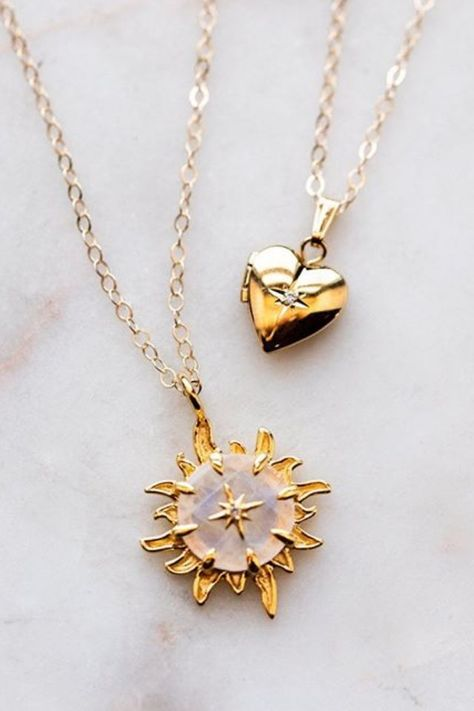 Vintage Yellow and White Gold Chain and Circle Pendant for Ladies My Jewelry Spot 14k Gold Filled Necklace for Women with Cubic Zirconia Stones
