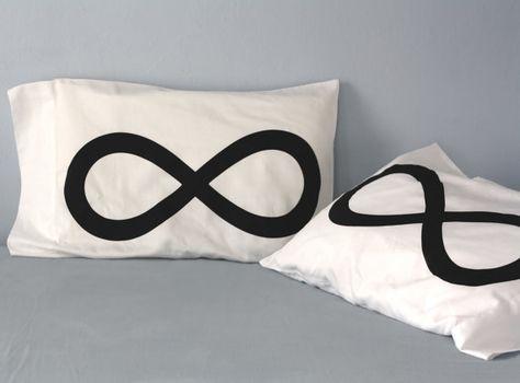 Couple pillowcases Infinity