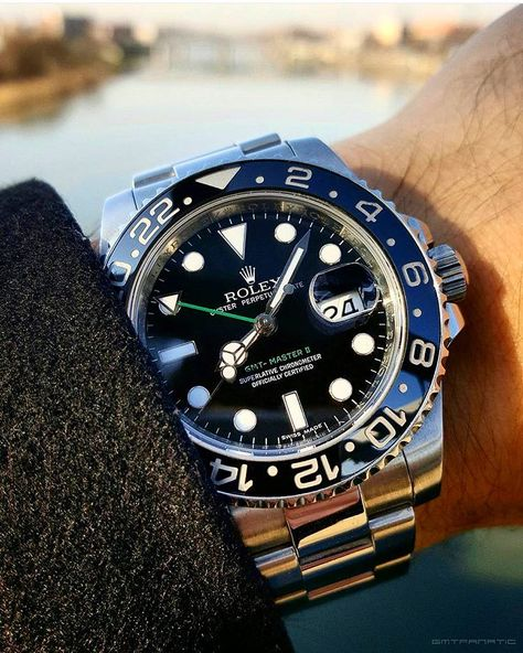 Classic One 116710LN Rolex GMT Master II Like the Green Details. How can you not like it?!? By: @gmtfanatic by thewatchlovers #rolex #submariner