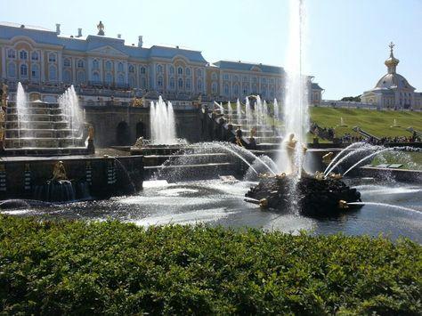 Samson fountain at St.Petersburg, Russia