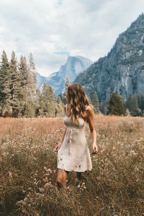 Hiking Photography, Creative Photography, Photography Poses, North Cascades National Park, Best Photo Poses, Yosemite Falls, Vsco, Poses For Pictures, Adventure Is Out There