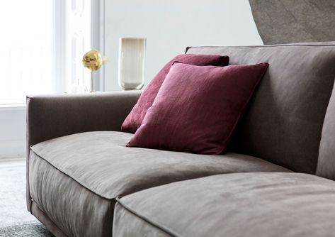 Divani In Pelle Nabuk.Livingroom Divano Ribot In Pelle Nabuk Con Trattamento