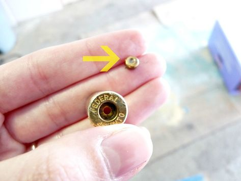 I finally made the DIY shell casing necklace that I've been wanting to make for months. I'm pretty excited because it looks just as fabulous as I hoped it would (a successful DIY project is…