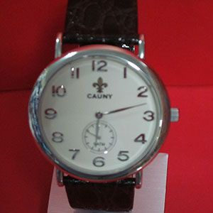 22faab0d1fa0  reloj fino y elegante. Todo un clásico de la prestigiosa marca  cauny con movimiento  suizo