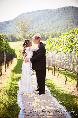 Bridget Chris Yonah Mountain Vineyard Wedding In Cleveland Ga