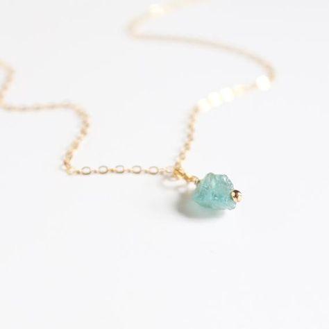 Dainty Sea Glass Necklace / Beach Glass Necklace / Sea Glass Jewelry / Beach Ocean Gift / Mermaid Je