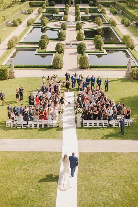 Who here has never dreamed of a castle wedding? This is a real fairytale wedding that happened at Oheka Castle! This luxury dream wedding is filled with a storybook style inspiration that you have to jump in to daydream with us!