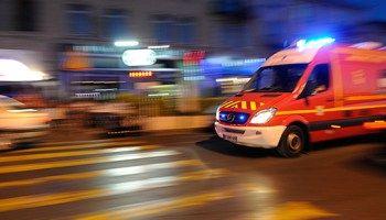 ¿Qué hacer si pide paso una ambulancia? | RACC Blog