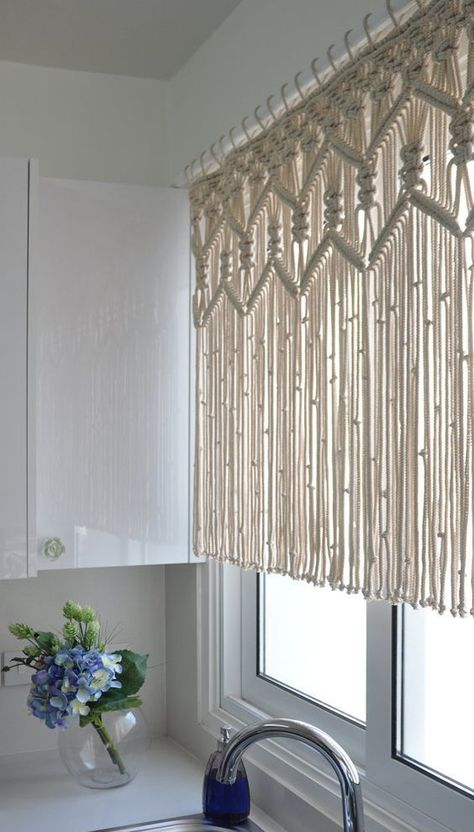 Kitchen Macrame Curtains Bohemian Short curtain by KnotSquared More diy Interior design Macrame kitchen curtain custom short macrame wall hanging Hollywood regency Curtains rustic valance Bohemian boho chic eclectic decor Rustic Valances, Rustic Curtains, Valance Curtains, Modern Curtains, Curtains 2018, Short Curtains Bedroom, Short Window Curtains, Eclectic Curtains, Bedroom Wall