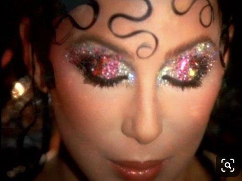 makeup Cher by Kevyn Aucoin 1970s Makeup Eyes, 70s Disco Makeup, 70s Hair And Makeup, Eye Makeup, Disco 70s, Disco Night, Movie Makeup, Makeup Blog, Makeup Inspo