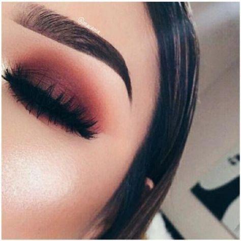 ɪsᴀʙᴇʟʟᴀғᴀʙᴀ dusty mauve simple smoked eye eyeshadow