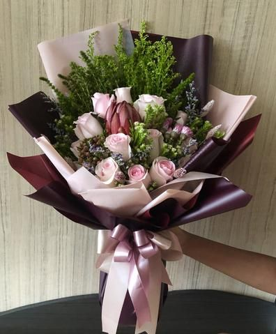 Singapore Best Online Florist Free Flower Delivery Flower Bouquets Jw Florist In 2020 Flower Delivery Flowers Bouquet Fresh Flower Bouquets