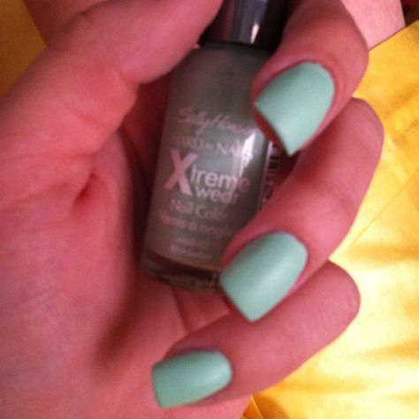"I couldn't find a good OPI or Essie mint, but I found this gem at Walgreens. Sally Hansen's ""mint sorbet"""