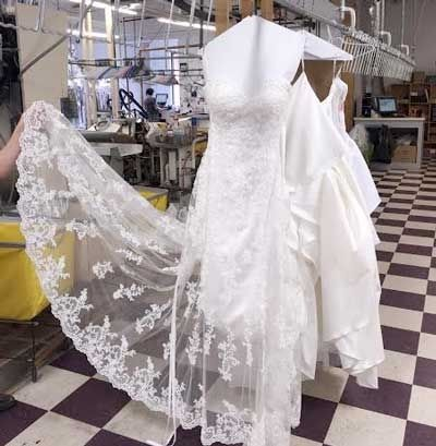 Stunning Pretty To Dry Clean Wedding Dress In 2020 Stylish Wedding Dresses Clean Wedding Dress Celebrity Wedding Gowns