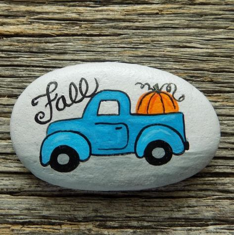 Fall Vintage Painted Rock, Decorative Accent Stone, Paperweight by HeartandSoulbyDeb on Etsy Rock Painting Patterns, Rock Painting Ideas Easy, Rock Painting Designs, Painted Rocks Craft, Hand Painted Rocks, Painted Stepping Stones, Painted Pebbles, Stone Crafts, Rock Crafts
