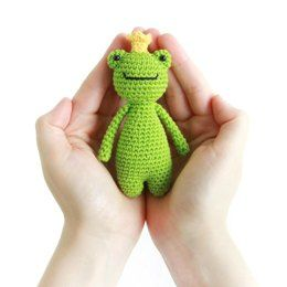 Amigurumi for Beginners Princess frog amigurumi crochet. Crochet ... | 260x260