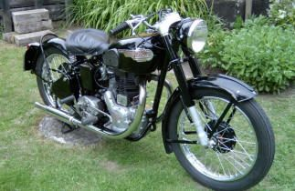 1947 Royal Enfield J2 500 Classic Royal Enfield Motorcycles Hard To Find Parts In Usa Europe Australia Enfield Motorcycle Royal Enfield Enfield
