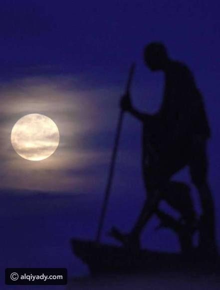 أجمل صور القمر العملاق ظاهرة نادرة لم تحدث منذ 7 عقود Photo Cool Photos Instagram