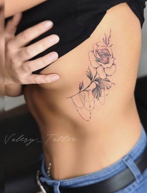 tattoos for women heart Tattoo Side, Flower Tattoo On Ribs, Tattoos On Side Ribs, Rose Tattoo On Side, Girl Side Tattoos, Rib Tattoos For Women Quotes, Cool Tattoos For Girls, Tattoos For Women Flowers, Tattoos For Women Small
