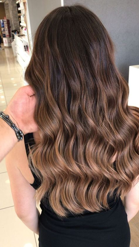 Long Wavy Ash-Brown Balayage - 20 Light Brown Hair Color Ideas for Your New Look - The Trending Hairstyle Brown Hair Balayage, Balayage Brunette, Hair Color Balayage, Brunette Hair, Hair Highlights, Honey Balayage, Balayage Hairstyle, Bronde Haircolor, Blonde Hair