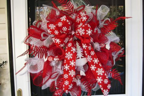Deco Mesh Christmas Wreath by WreathsEtc on Etsy