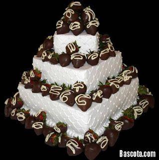 اجمل مجموعة تورتات 2020 تحميل تورتة عيد ميلاد Chocolate Covered Fruit Strawberry Cakes Strawberry Wedding Cakes