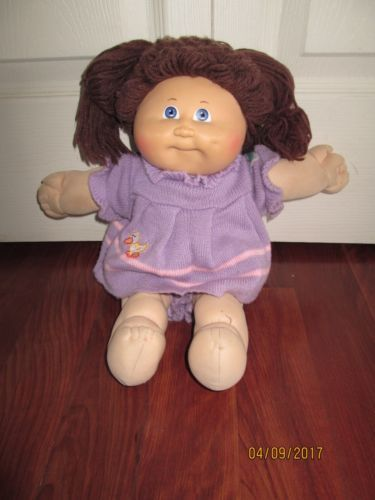 Cabbage Patch Kids Doll And Clothing Set Cabbage Patch Kids Dolls Cabbage Patch Kids Patch Kids