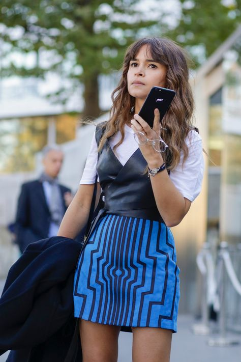 Find tips and tricks, amazing ideas for Mira duma. Discover and try out new things about Mira duma site Mira Duma, Miroslava Duma, Trendy Fashion, Fashion Looks, Fashion Outfits, Petite Fashion, Dress Fashion, Street Fashion Show, Catwalk Fashion