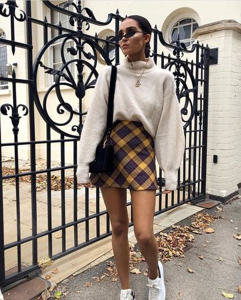 Outfits with skirts Outfits With Plaid Skirts For Winter Outfits With Plaid Skirts For Winter Winter 2018 Must Have: 15 Plaid Skirt Outfits - Styleoholic