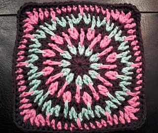"""Day 16: 12"""" Block of the Day - Spiky Circle Afghan Square by Julie Yeager  Free Pattern: http://www.ravelry.com/patterns/library/spiky-circle-afghan-square   #TheCrochetLounge #12inch #grannysquare Pick #crochet"""