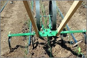 Hoss Wheel Hoe The Cultivator With The Most Attachments Sale Garden Tools Garden Tools Diy Organic Raised Garden Beds