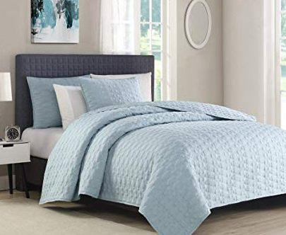 Lightweight Comforters Bedspreads Some Of The Important Considerations Bedding Bedspreads Comforter You Ll Love