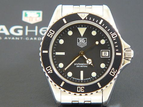 TAG Heuer 1000 Submariner Man St. Steel with a black dial 980.013B