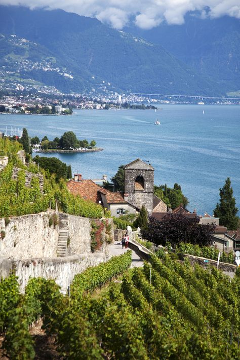 In addition to rolling hills and scenic outlooks in Lavaux, the 30-kilometre (19-mile) stretch of Swiss wine country is also speckled with quaint villages to explore.
