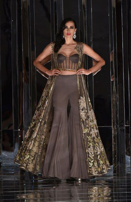 Manish Malhotra Presents his Haute Couture Collection 'ZWEEN