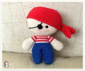 Boneca Bebe Yoyo Em Crochê Amigurumi - R$ 45,00 em Mercado Livre | 242x289