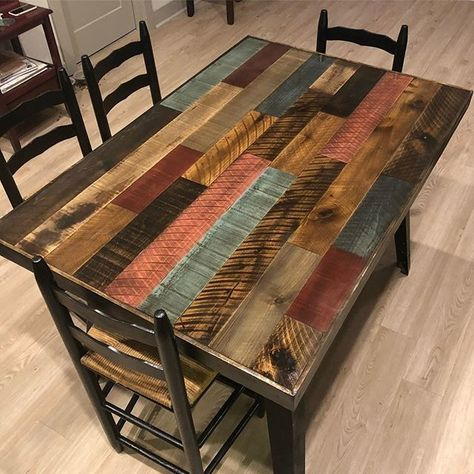 Creative Use For Pallet Furniture Projects Pallet dining table The post Creative Use For Pallet Furniture Projects appeared first on Pallet Diy. Diy Furniture Couch, Diy Pallet Furniture, Diy Furniture Projects, Furniture Makeover, Painted Furniture, Pallet Projects, Diy Projects, Diy Pallet Table, Furniture Design