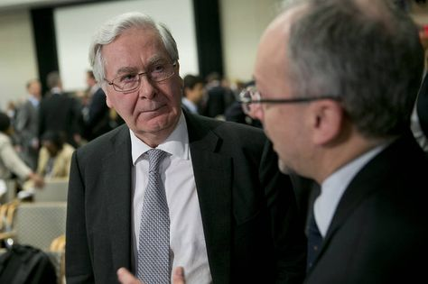 Mervyn King on the Limits of Central Banks –Podcast - MoneyBeat - WSJ