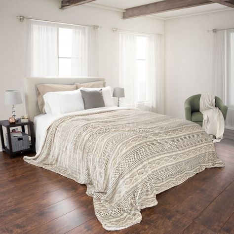 Intrigue a soothing tone to your room decor with this Lavish Home Beige Polyester Flannel and Sherpa Twin Blanket. Easy to wash. Dream Bedroom, Home Bedroom, Master Bedroom, Bedroom Decor, Bedroom Inspo, Master Suite, Decorating Bedrooms, Decorating Games, Bedroom Inspiration