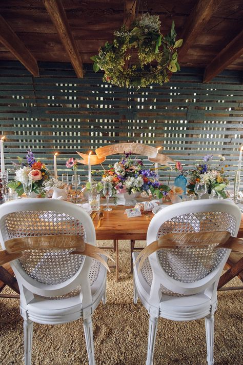 Such a beautiful Spring or Summer Wedding Tablescape