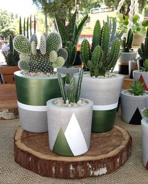 & Diy Outdoor Planters Ideas ✔ Diy Outdoor Planters IdeasYou can find Planters and more on our website.& Diy Outdoor Planters Ideas ✔ Diy O. Diy Planters Outdoor, Cement Planters, Concrete Pots, Planter Ideas, Painted Plant Pots, Painted Flower Pots, Decoration Plante, House Plants Decor, Concrete Crafts