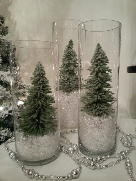 100 Creative Christmas Decor for Small Apartment Ideas Which Are Merry & Bright . - 100 Creative Christmas Decor for Small Apartment Ideas Which Are Merry & Bright – Hike n Dip Infor - Noel Christmas, Rustic Christmas, Winter Christmas, Christmas Crafts, Outdoor Christmas, Christmas Tree Ideas, Modern Christmas, Gifts For Christmas, Christmas Budget