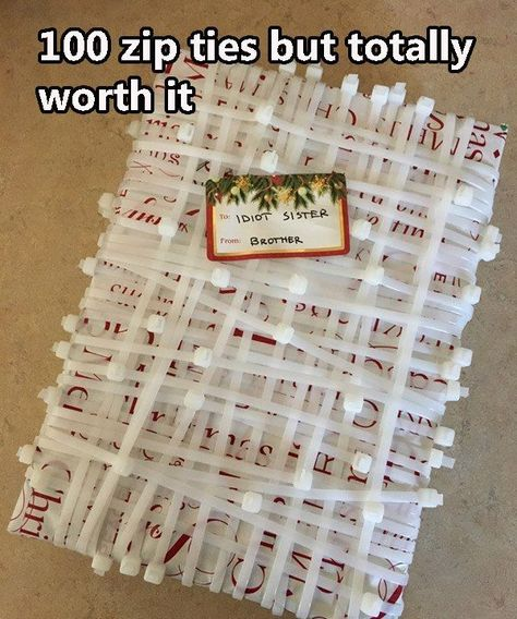 I'm a total failure in gift wrapping. Too much paper too little DIY Geschenke verpacken Christmas Pranks, Funny Christmas Gifts, Christmas Gift Wrapping, Christmas Humor, Holiday Gifts, Christmas Gift Ideas, Christmas Gift Exchange, Christmas Images, Merry Christmas