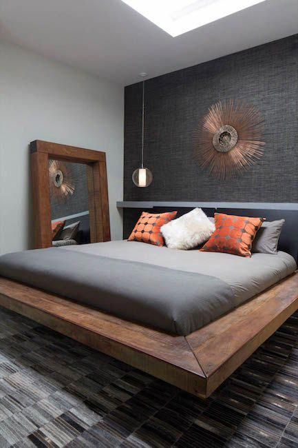 This Masculine Room Is Completed With A Grey Accent Wall Decor Aid Bedroomideasformen En 2020 Chambres A Coucher Modernes Comment Dormir Chambre Contemporaine