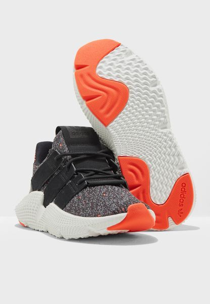 تسوق حذاء بروفير ماركة اديداس اوريجينالز لون متعدد الألوان في الرياض وجدة Ac8509 Women S Low Top Sneakers Top Sneakers Baby Shoes