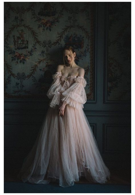 Pretty Dresses, Beautiful Dresses, Fantasy Gowns, Fairytale Dress, Fairy Dress, Princess Fairytale, Princess Aesthetic, Bridal Looks, Ball Dresses