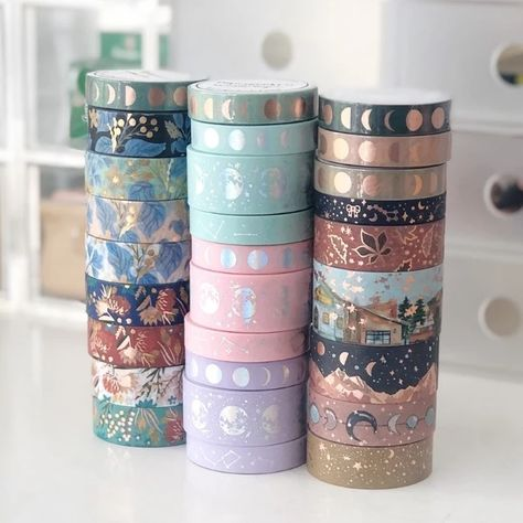 Shop for your planner accessories, exclusive washi tapes, greeting cards, traveler's notebook, cute stationery & more. Cool Stationary, Stationary School, Cute Stationery, Washi Tape Crafts, Washi Tape Set, Masking Tape, Washi Tape Notebook, Duct Tape, Cool School Supplies