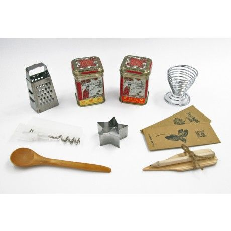 Christmas Crackers Contents.Kew Crackers Christmas Cracker Contents Celebrate Fall