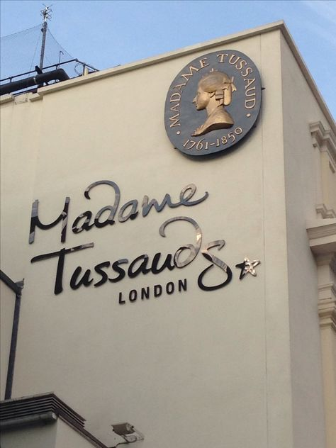 Visit Madame Tussauds, Marylebone, London for some celeb spotting ....